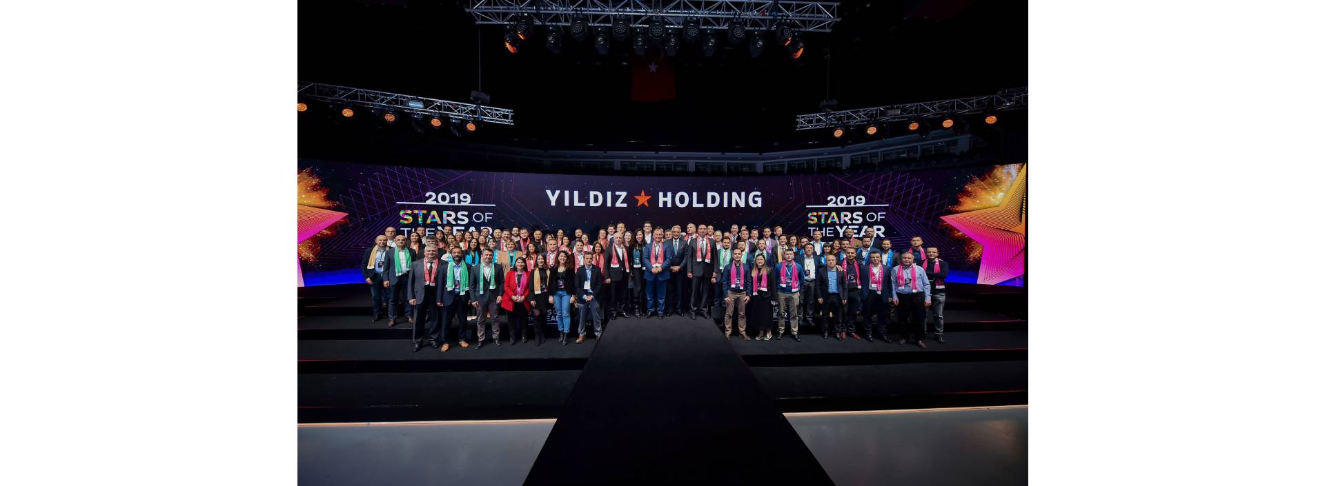 "YILDIZ HOLDINNG REWARDED THE ""STARS OF THE YEAR"""